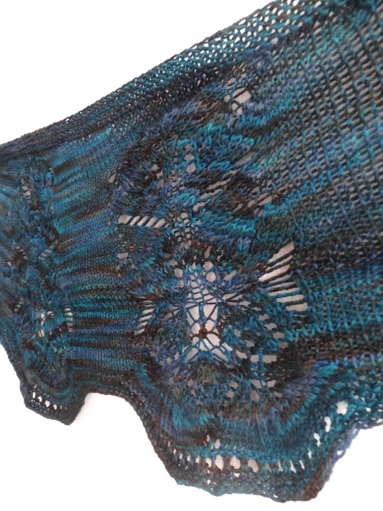 Seaside shawlette - detail
