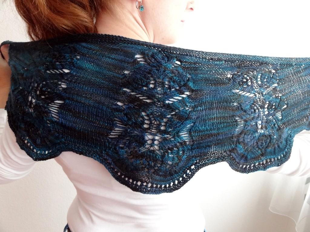 Seaside shawlette