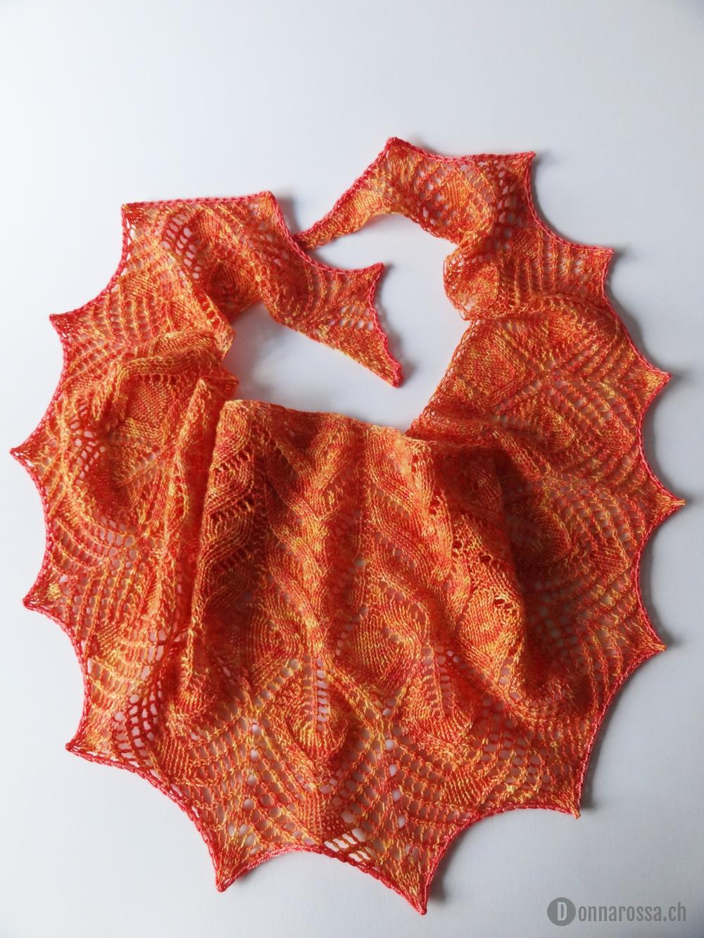 Fine vine shawl - total