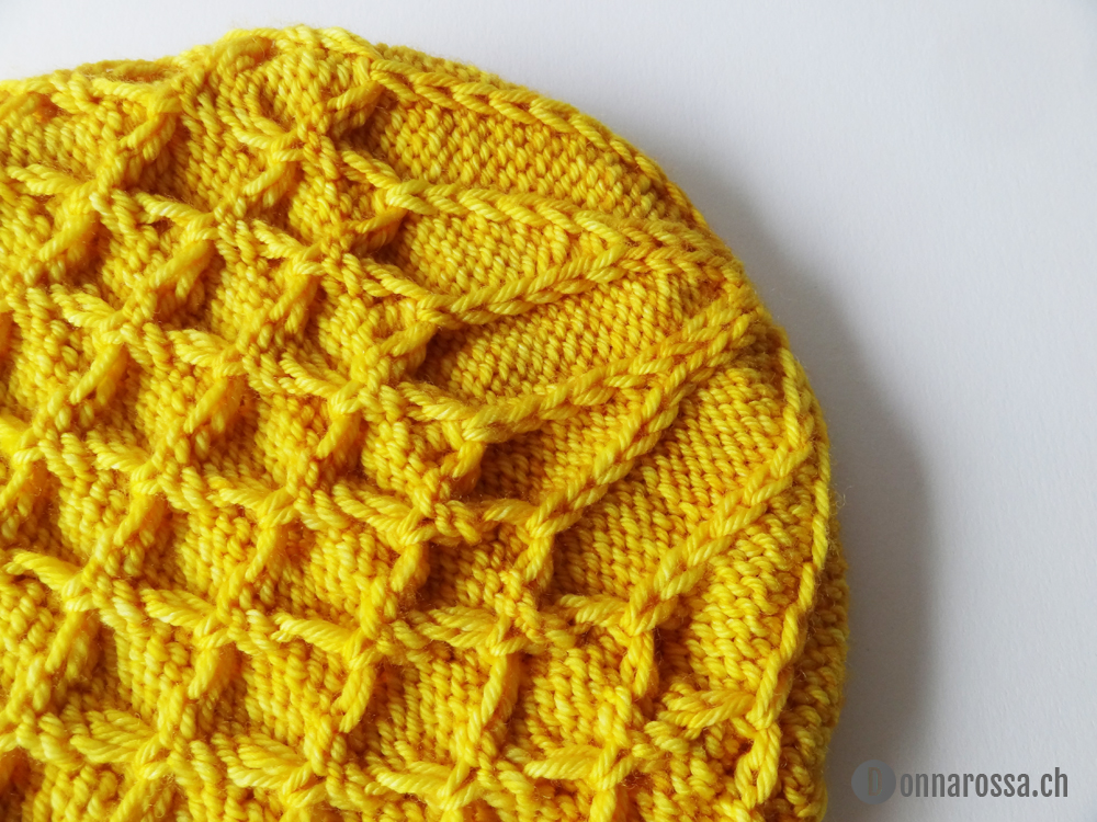 honey hat - crown shaping side