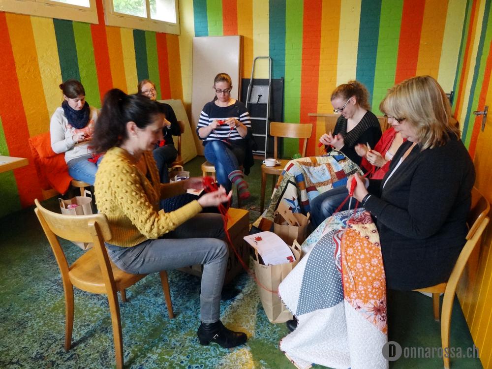 Stitching Retreat 2014 - pouf knit class