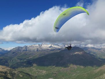 Flying crosscountry in the Pyrenees