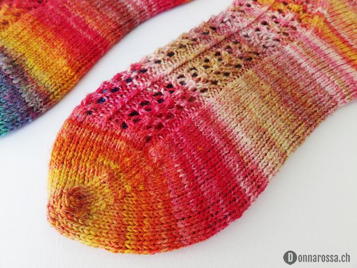 hedera socks - detail toe