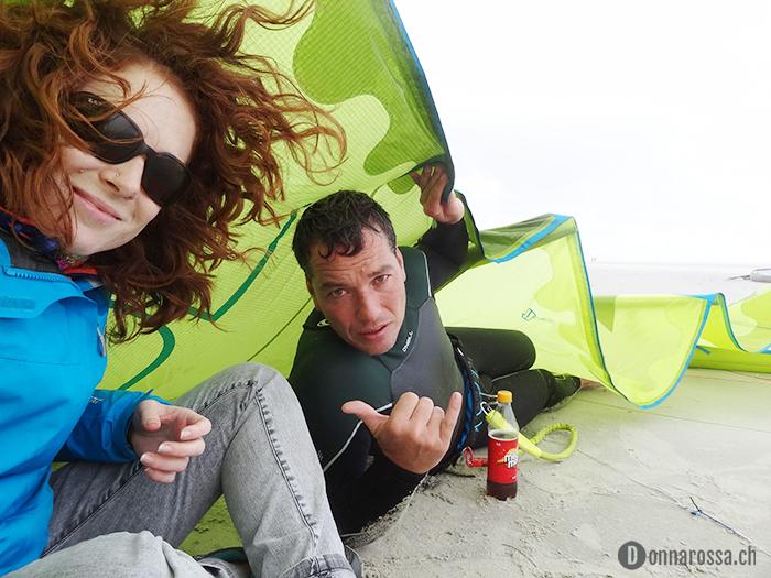 sankt peter ording hiding kite rain