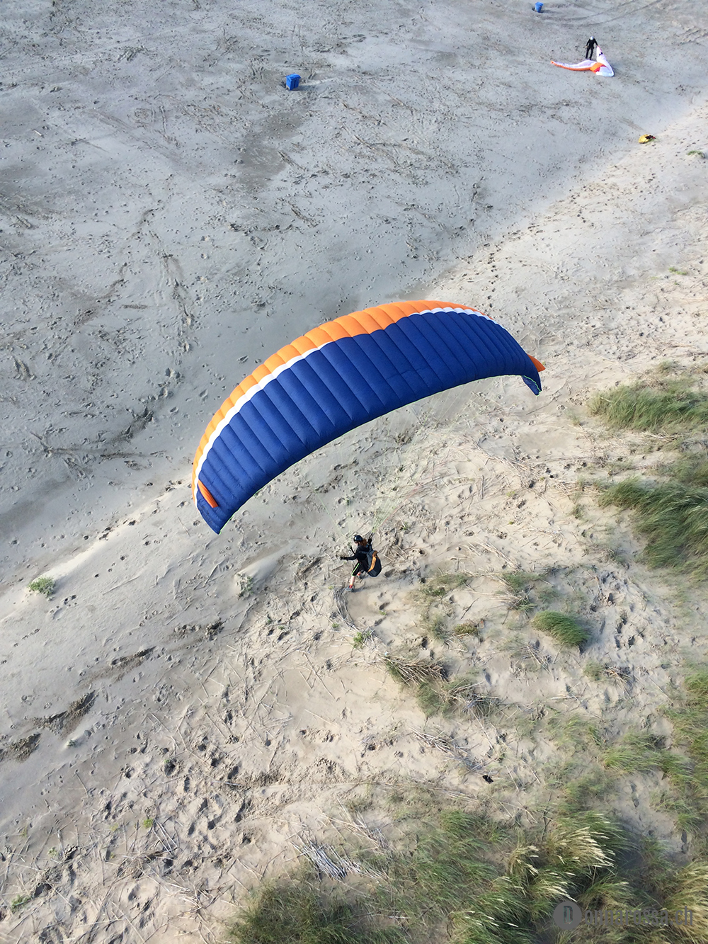 roadtrip netherland egmon aan zee paragliding dune
