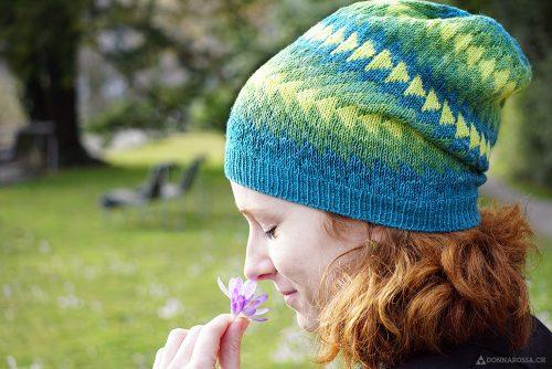 Dingle hat donnarossa designs-side view park flower stricken Strickanleitung Mütze