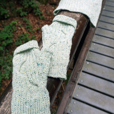 Stradbally mitts fingerlose Handschuhe stricken Strickanleitung knitting pattern hat Mütze