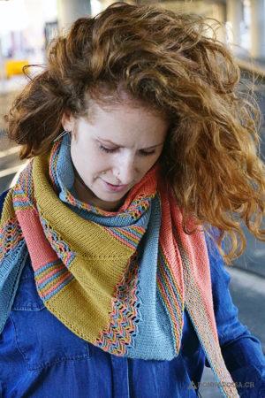leucate shawl tuch donnarossa knitting pattern strickanleitung portrait
