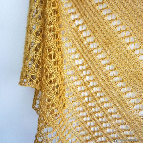 Langebaan shawl edge donnarossa Tuch Lochmuster lace
