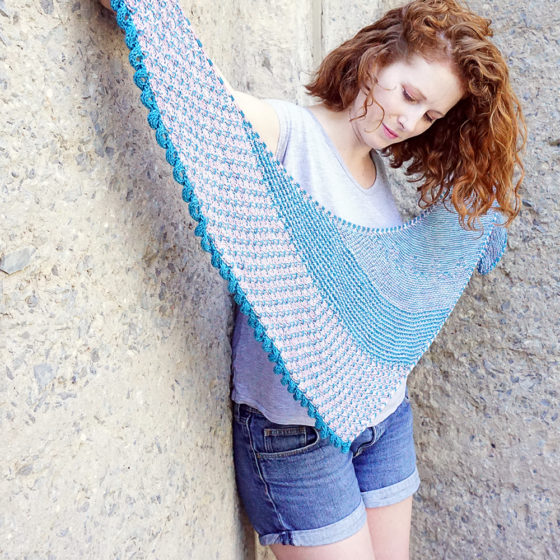 Rohrspitz shawl Tuch knitting pattern Strickanleitung donnarossa back