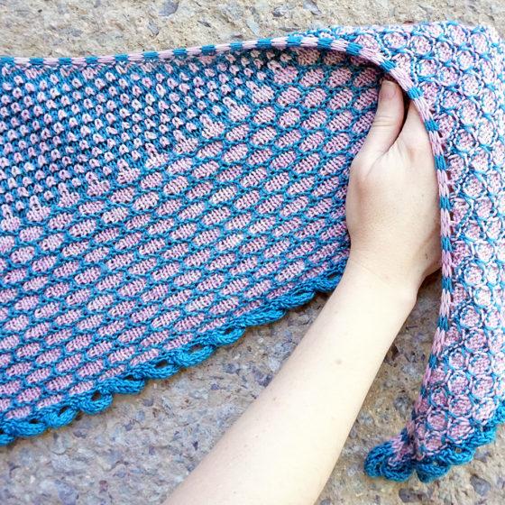 Rohrspitz shawl Tuch knitting pattern Strickanleitung donnarossa detail bind off Abkettkante