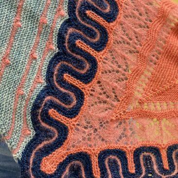 Frida coral detail corner donnarossa