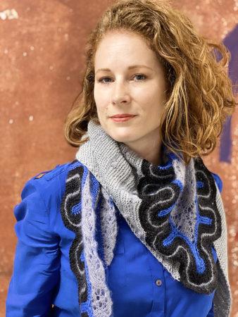 Frida shawl blue portrait donnarossa