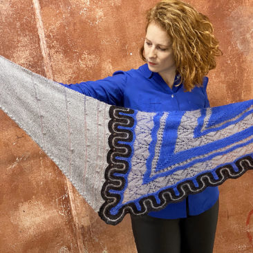 Frida shawl blue donnarossa