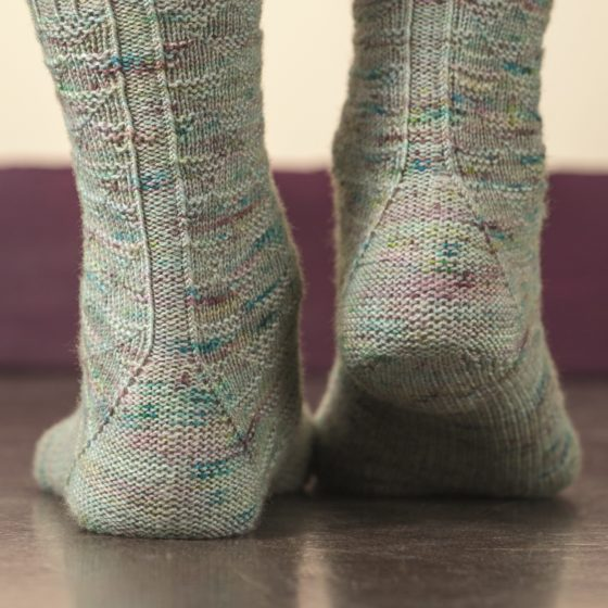 Churfirsten sock knitting pattern donnarossa triangular heel