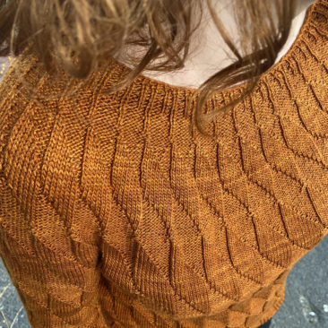 Equiliber texture knitting pattern donnarossa