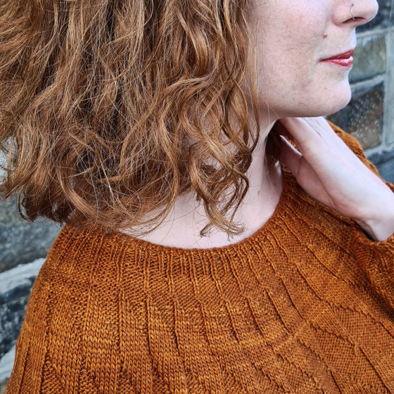Equiliber yoke knitting pattern donnarossa